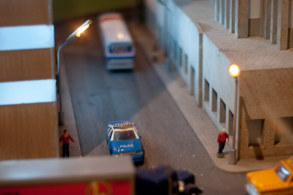 Street Scene Lionel Holiday Display