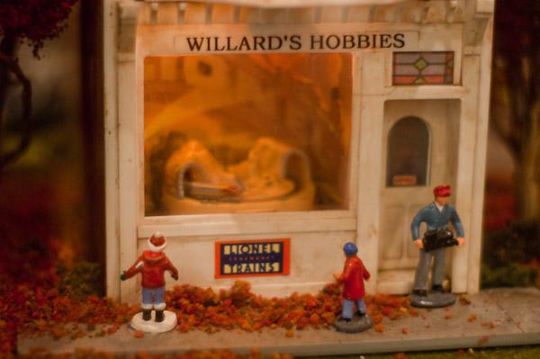 Willards Hobby Shop Lionel Diorama